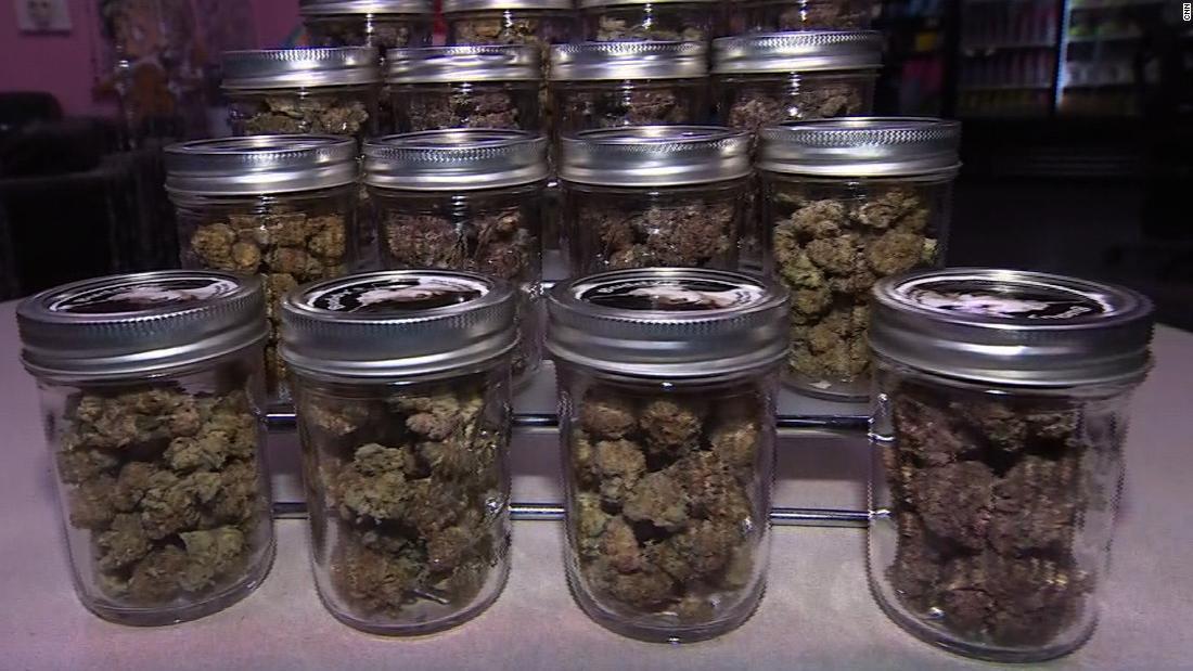 Berkeley declares itself a sanctuary city for cannabis