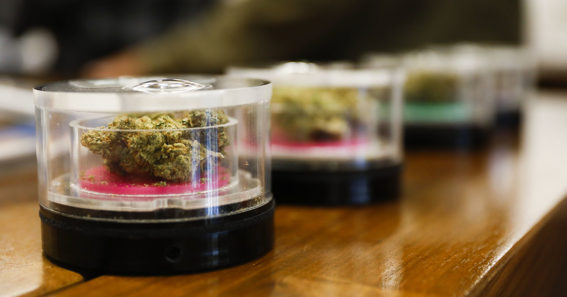 19 Attorneys General Call On Congress To Legalize Banking For Weed Industry